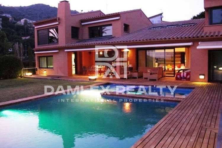 Villa 10 km de Barcelona en Costa Maresme