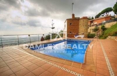 Villa con vistas al mar, a 15 minutos en coche de Barcelona