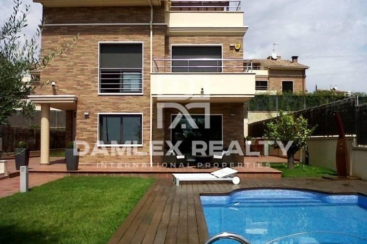 Villa a las afueras de Barcelona. Vilassar de Dalt