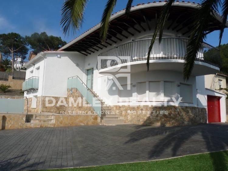 La casa a poca distancia de la playa. Lloret de Mar