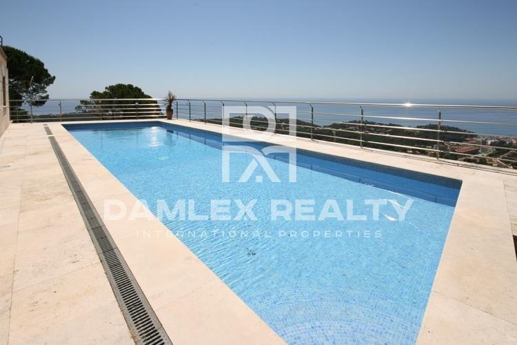 Villa con hermosas vistas al mar. Lloret de Mar