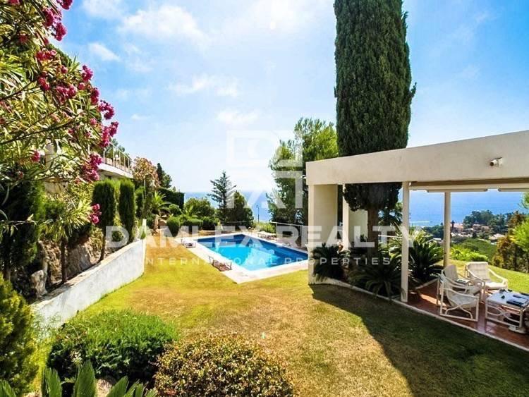 Casa con vistas al mar cerca de la playa. Blanes. Costa Brava
