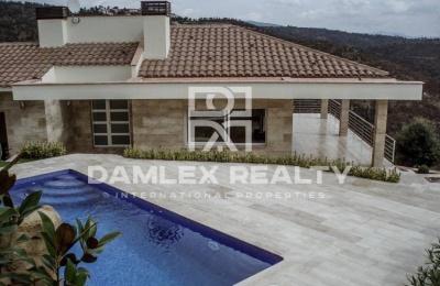 Villa en la urbanización Mas Nou - Costa Brava