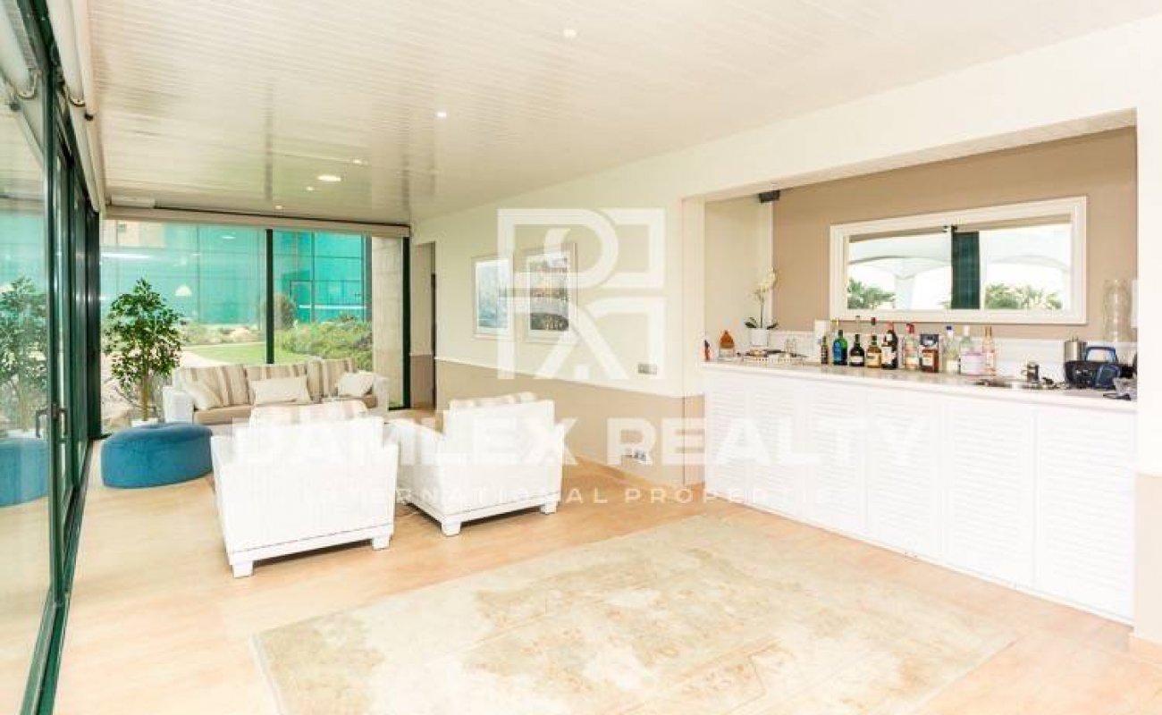 Villa con fantásticas vistas al mar en Lloret de Mar.