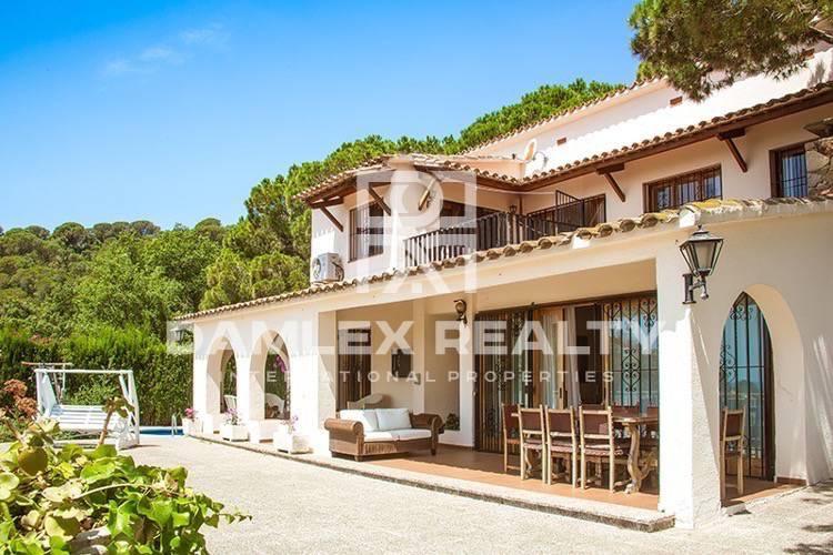 Villa en urbanización vigilada de Tossa de Mar.