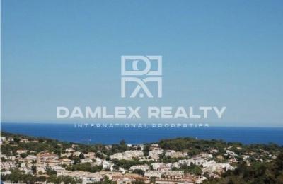 Villa moderna con vistas al mar en la localidad de Sant Feliu de Guixols
