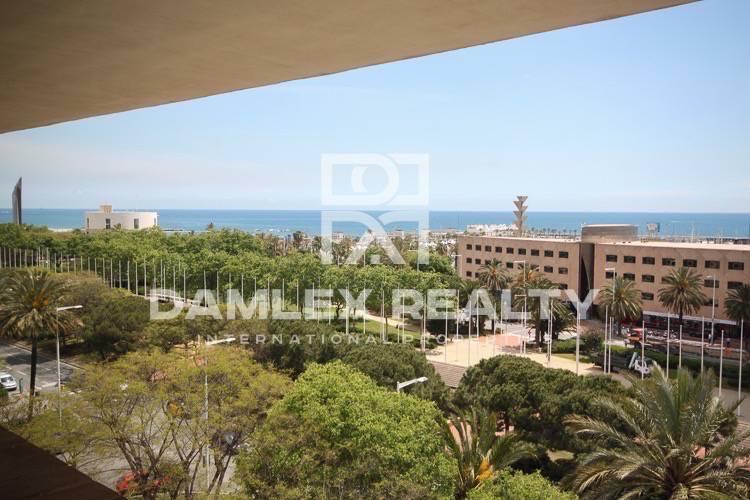 Apartamento en la primera línea de mar cerca de la Vila Olímpica.