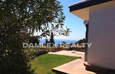 Villa con vistas al mar en Tossa de Mar.