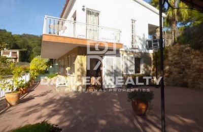 Villa en urbanización vigilada de la localidad de Tossa de Mar. Costa Brava