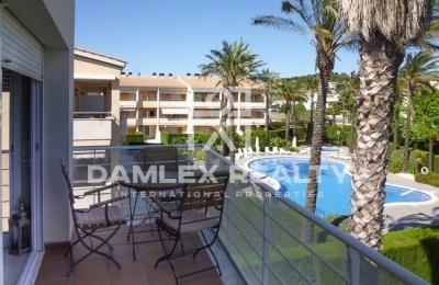 """Apartamentos en S""""Agaró en un complejo residencial con piscina. Costa Brava"""