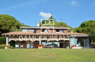 Villa en  Cabrera de Mar.  Costa de Barcelona