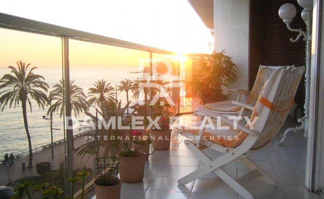 Apartamento en el paseo marítimo de Lloret de Mar. Costa Brava