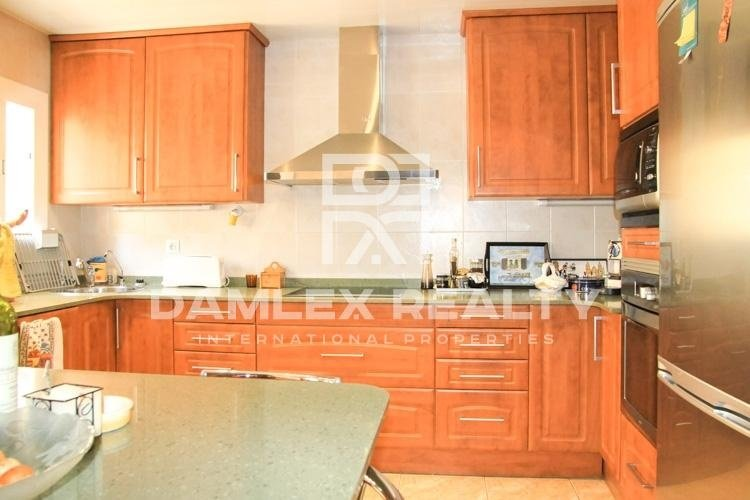 Casa / Villa de 3 habitaciones, parcela 500m2, en venta en Lloret de Mar, Costa Brava