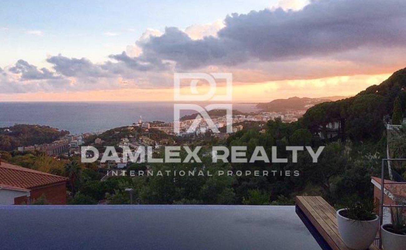 Nueva villa con vistas al mar en Lloret de Mar
