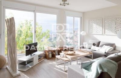 Casa con vistas al mar y Barcelona