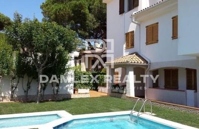 """Apartamento con vistas al mar en la ciudad de S""""Agaró"""
