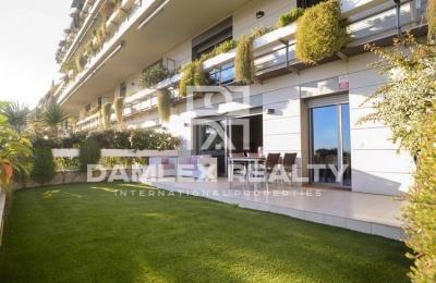 Apartamento en un complejo residencial de lujo en Barcelona.