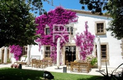 Casa de estilo tradicional catalán, a 500 metros de la playa, Costa Brava.