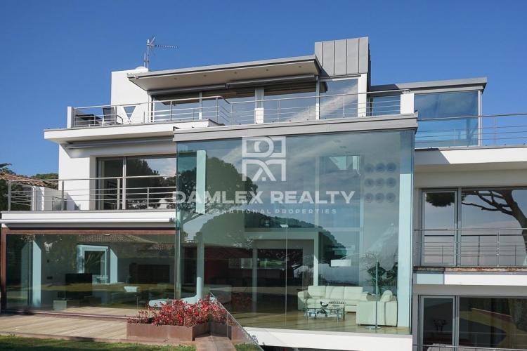 Villa con vistas al mar en la localidad de Vilassar de Dalt