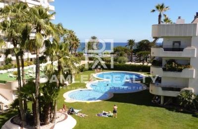 Apartamentos en primera línea de mar en Sitges.