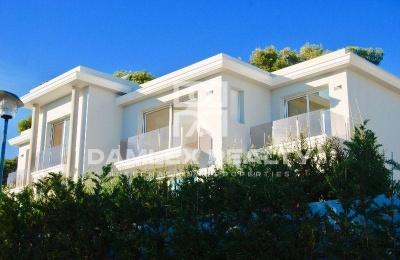 Nueva y lujosa villa cerca de la playa en Playa de Aro.