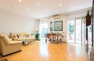 Apartamento con gran terraza de 42 m2 en Barcelona