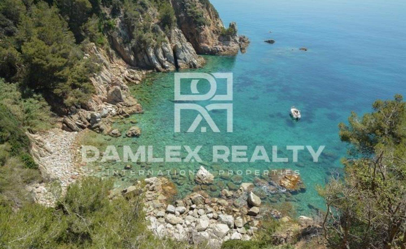 Villa exclusiva en primera línea de mar. Costa Brava