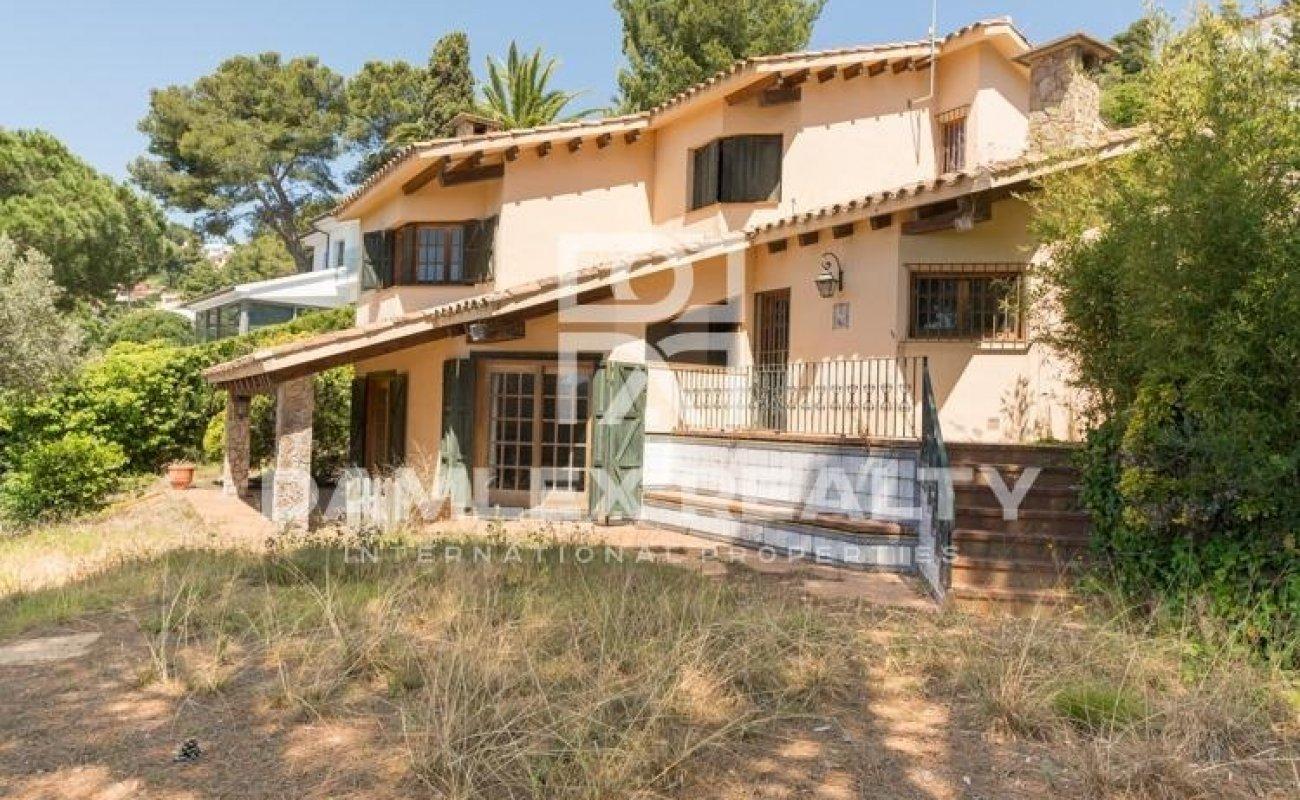 Villa en una urbanización de Blanes