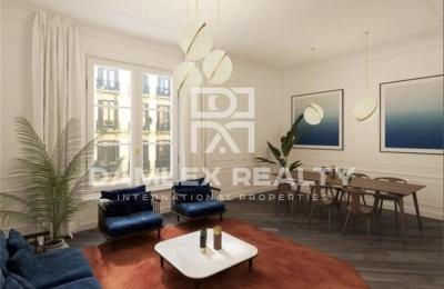 Elegante apartamento en un edificio histórico en Barcelona