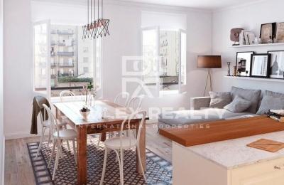 Apartamento reformado a 10 minutos a pie del Paseo de Gracia