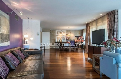 Amplio apartamento con terraza en Barcelona