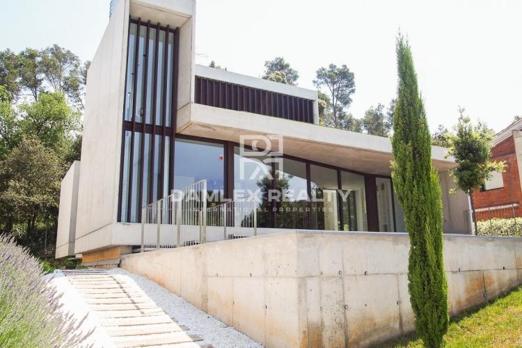 Villa nueva en San Cugat. Barcelona