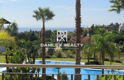 Hermosos apartamentos en Marbella en un complejo residencial con piscina