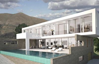 Nueva villa en construcción con una gran parcela en la Costa del Sol