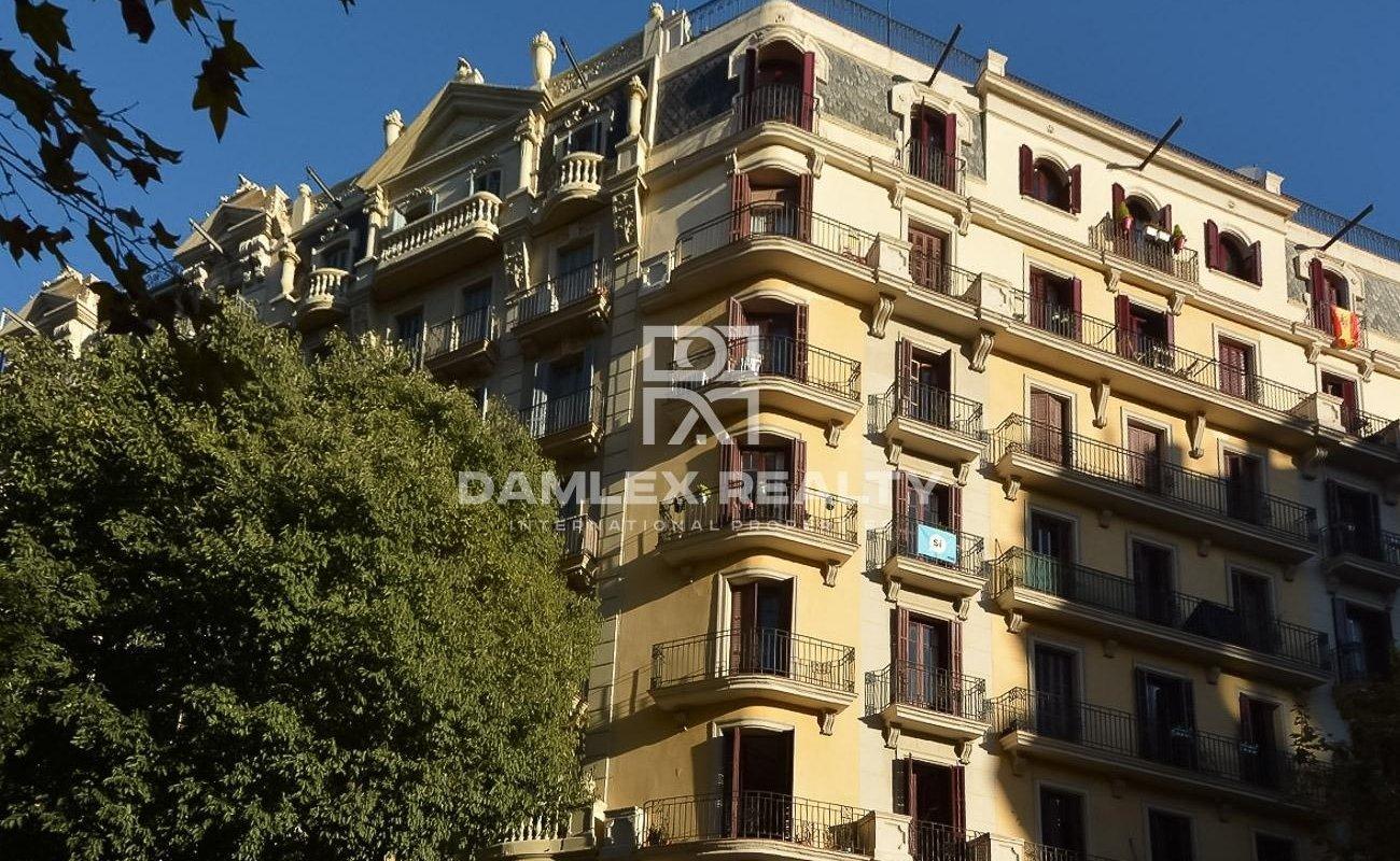 Apartamento en buenas condiciones. Eixample. Barcelona.