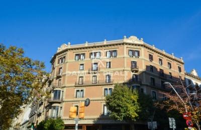 Apartamento para reformar en la calle más prestigiosa de Barcelona