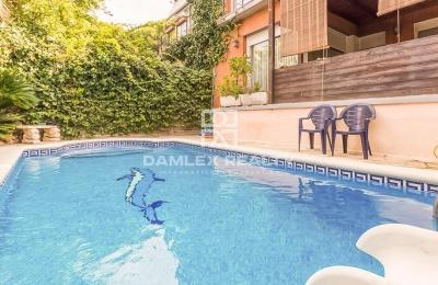 Adosado en Castelldefels con piscina privada