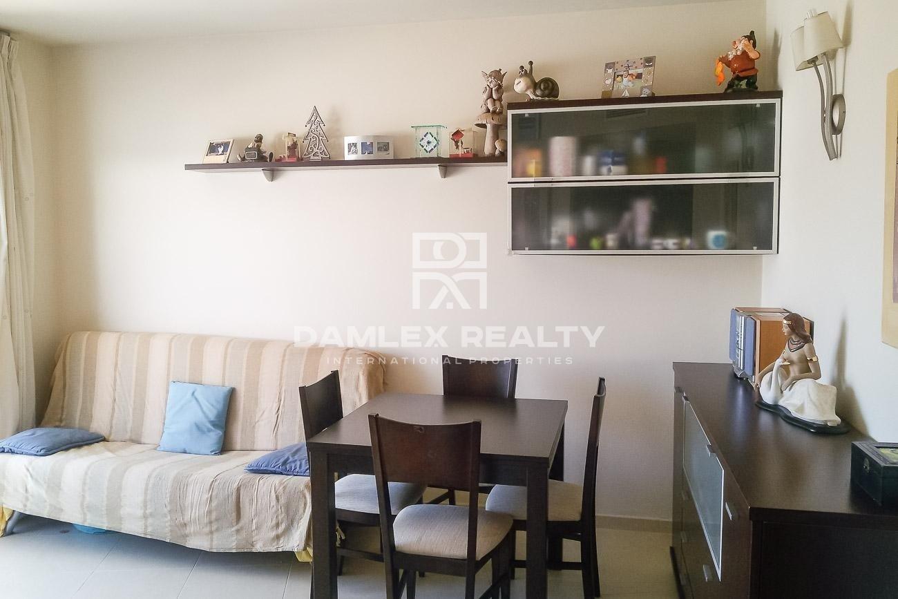 Apartamento en el atico a 300 metros de la playa. Costa Brava