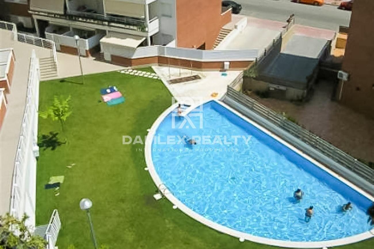 Apartamentos en un complejo residencial con piscina en Lloret de Mar