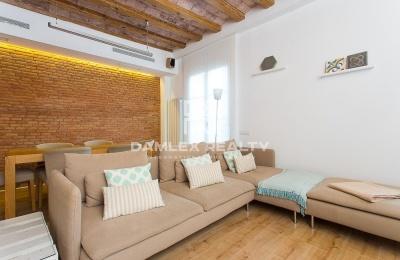 Apartamento reformado en el Eixample. Barcelona.