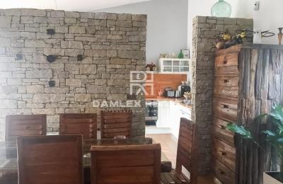 Villa a 5 minutos a pie de la playa en Castelldefels