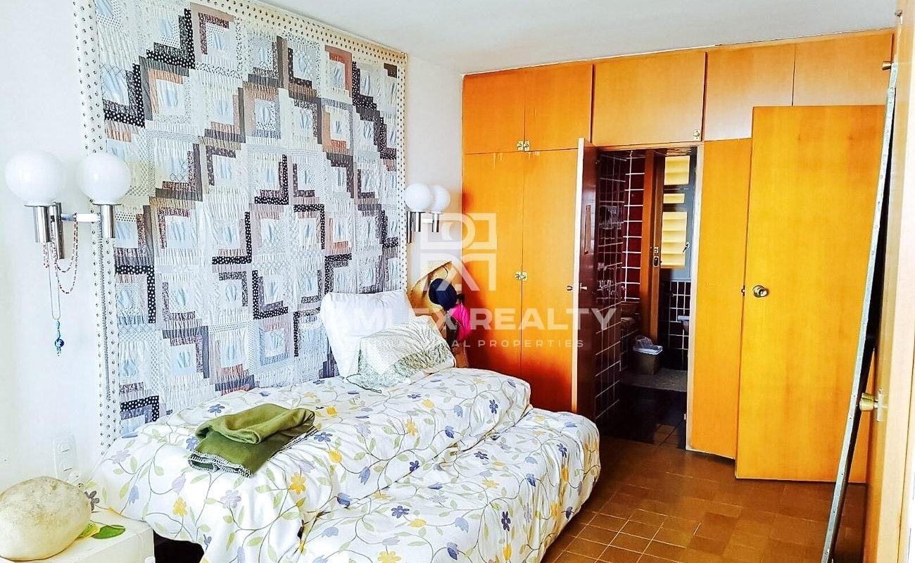 Apartamento de dos plantas con impresionantes vistas al mar. Costa de Brava