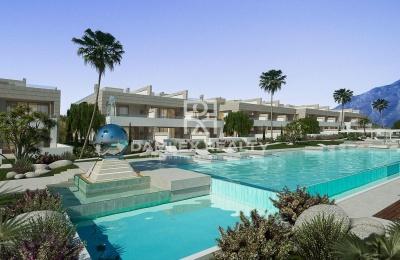Adosadas de clase premium en un complejo residencial con piscina