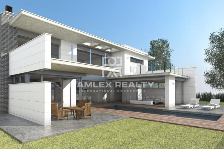 Nueva villa en la segunda línea del mar. Castelldefels