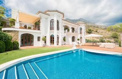 Villa de lujo con vistas al mar en Marbella