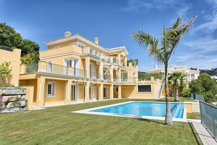 Nueva villa con vistas al mar en la Costa del Sol