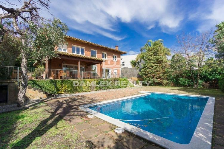 Villa in the city of Teia