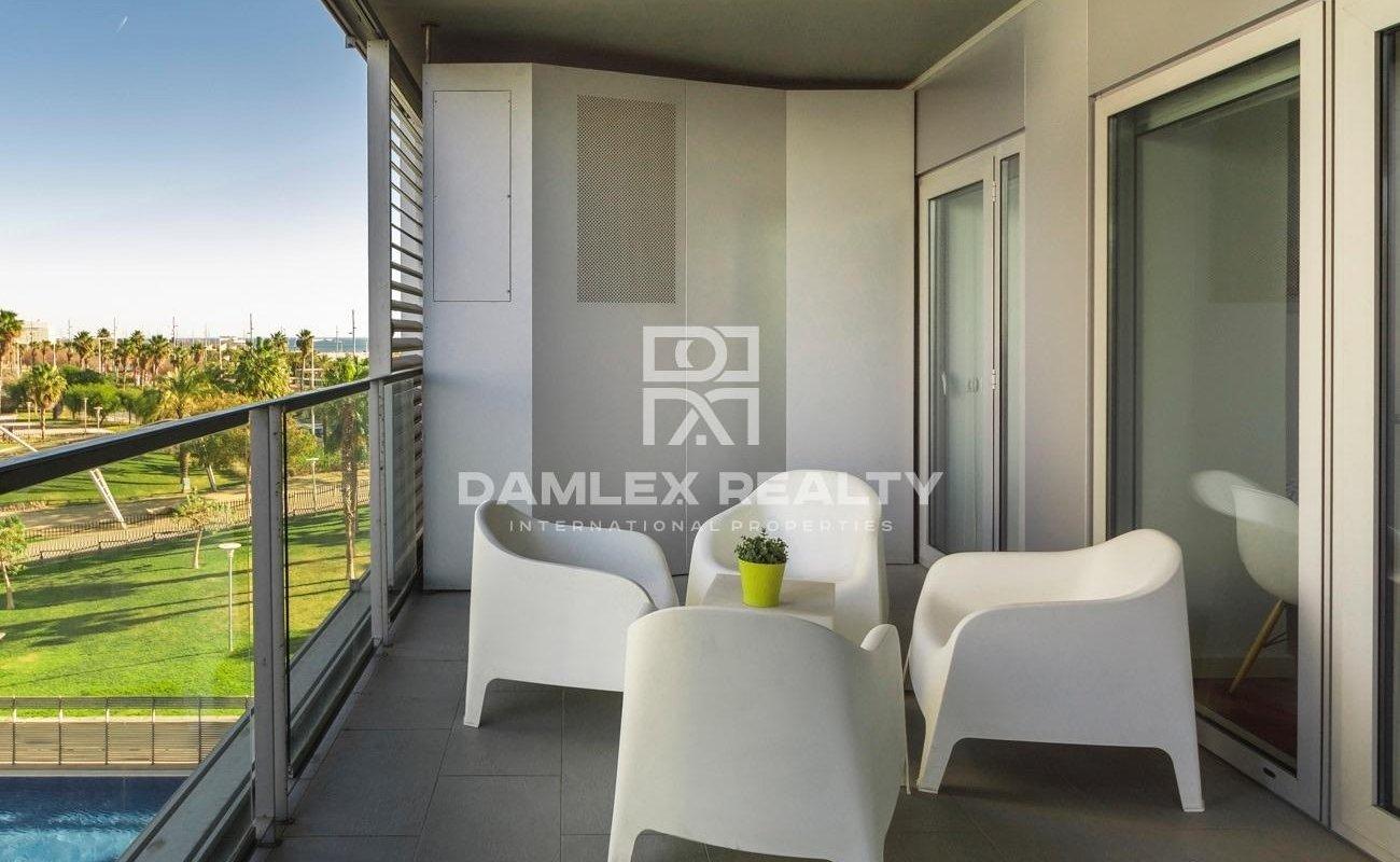 Apartamento de dos dormitorios con licencia turistica en buen estado en venta en Diagonal Mar