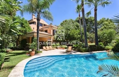 Villa en la Milla de Oro en Marbella