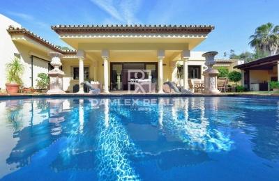 Villa en Estepona cerca de la playa